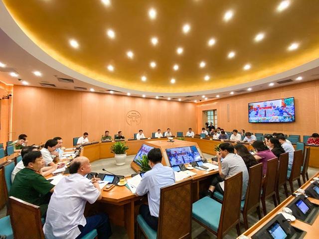 10 trường hợp ở Hà Nội có kết quả xét nghiệm ban đầu dương tính với COVID-19 - Ảnh 3.