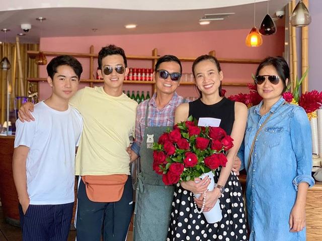Dương Mỹ Linh đón sinh nhật cùng bạn trai - Ảnh 1.