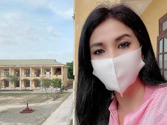 Em gái Lý Hùng cùng con về nước chăm bố - Ảnh 4.