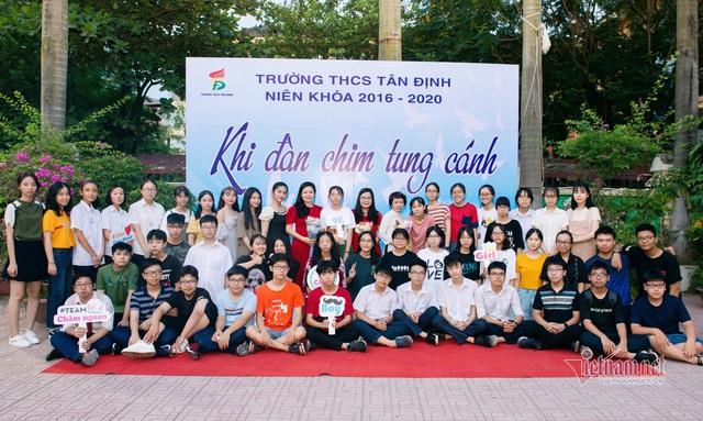 Một lớp có 2 học sinh đạt 48 điểm thi vào lớp 10 ở Hà Nội - Ảnh 5.