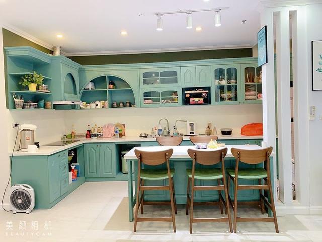 Những căn bếp với không gian xanh mướt, tuyệt đẹp, đảm bảo chị em vừa nhìn chỉ muốn lao vào nấu nướng ngay - Ảnh 1.