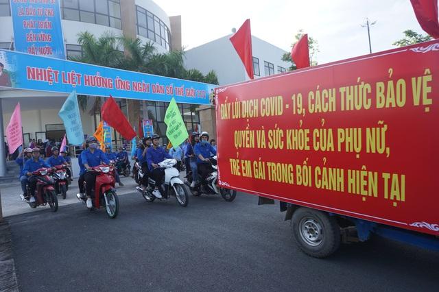 Hà Nội tổ chức Mít tinh kỷ niệm Ngày Dân số Thế giới 11/7 - Ảnh 5.