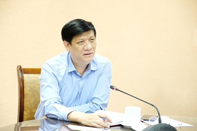 Quyền Bộ trưởng Bộ Y tế: Giải phóng nhanh, giảm mật độ tại Bệnh viện Đà Nẵng là nhiệm vụ ưu tiên - Ảnh 2.