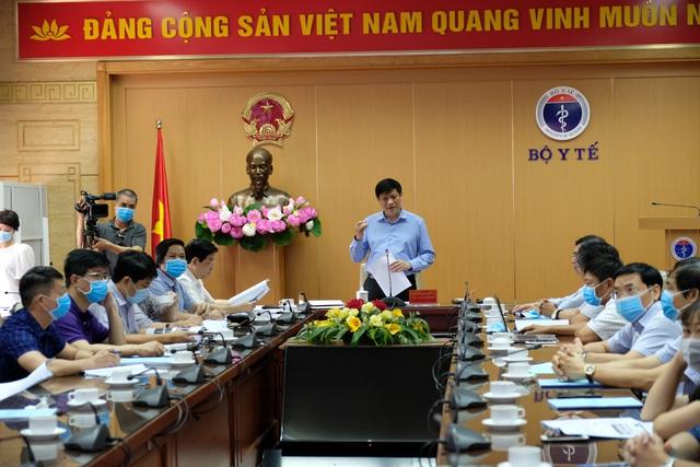 Quyền Bộ trưởng Bộ Y tế: Không được phép bỏ sót khi rà soát người liên quan Đà Nẵng - Ảnh 4.