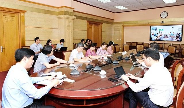 Quyền Bộ trưởng Bộ Y tế: Giải phóng nhanh, giảm mật độ tại Bệnh viện Đà Nẵng là nhiệm vụ ưu tiên - Ảnh 5.