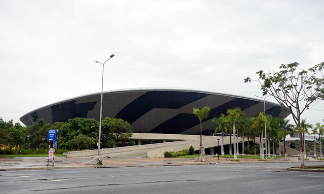 Mục sở thị cung thể thao gần 100.000m2 biến thành bệnh viện dã chiến ở Đà Nẵng - Ảnh 3.