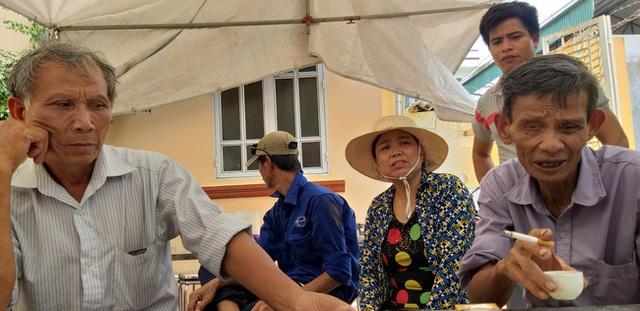 Vụ sập giàn cẩu kính ở Hà Nội: Đau xót cuộc gọi cuối cùng nạn nhân trẻ tuổi nhất với vợ, thông báo đi làm thêm ca - Ảnh 8.
