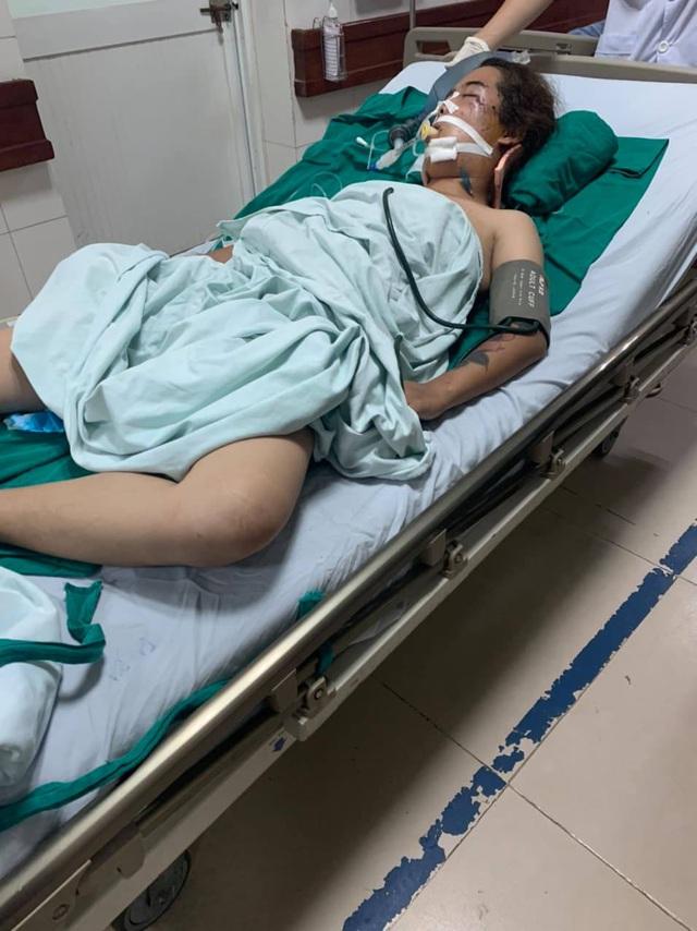 Người mẹ đơn thân hôn mê sâu vì tai nạn giao thông, con bệnh nặng khóc ngằn ngặt vì thiếu sự chăm sóc của mẹ - Ảnh 2.