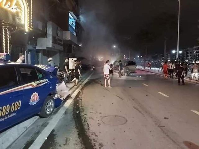 Lời kể nhân chứng vụ xe điên Lexus trên phố đi bộ Tam Bạc, Hải Phòng làm 1 phụ nữ thiệt mạng - Ảnh 1.