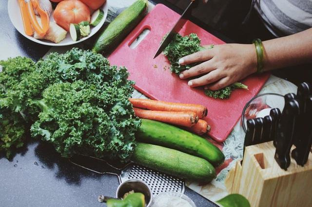 Tập thể dục đóng vai trò quan trọng trong giảm cân và tăng cường cơ bắp, nhưng sau khi tập nên ăn những thực phẩm này mới hiệu quả - Ảnh 4.
