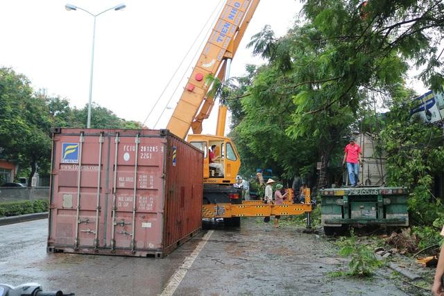Hải Phòng: Nhiều nhà dân suýt chết vì tài xế container ngủ gật - Ảnh 4.