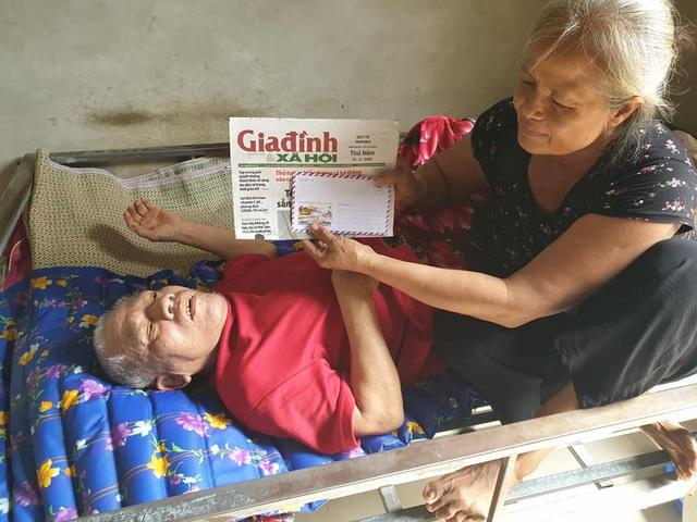 Báo Gia đình & Xã hội trao tiền bạn đọc hỗ trợ các hoàn cảnh khó khăn ở Hà Tĩnh - Ảnh 4.