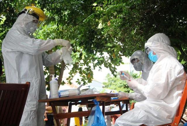 Thủ tướng ra công điện tiếp tục phòng, chống COVID-19, quyết không để dịch bệnh xuất hiện trong cơ sở y tế - Ảnh 2.