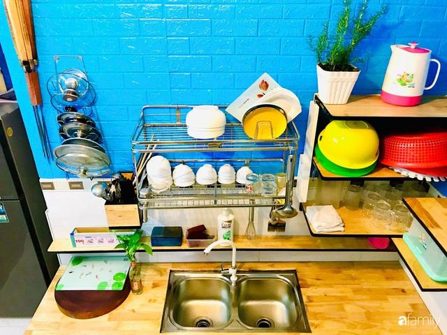 Căn bếp vỏn vẹn chỉ 5m² được ông bố Sài Gòn cải tạo tiện dụng cho việc nấu nướng hàng ngày có chi phí hơn 2 triệu đồng - Ảnh 11.