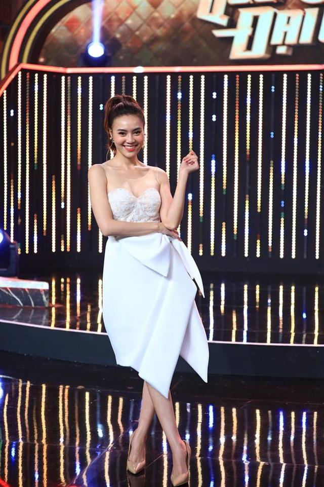 Ninh Dương Lan Ngọc mắc lỗi chọn sai giày giống nhiều chị em công sở, style vì thế mà kém đẹp đi vài phần - Ảnh 6.
