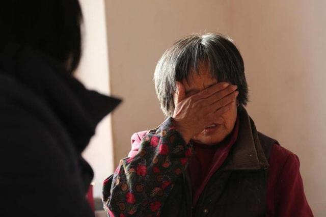 Mẹ già 83 tuổi giết con trai bằng 60 viên thuốc ngủ và những lời khai làm cả phiên tòa chết lặng - Ảnh 6.