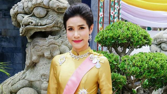 Sự trở lại của hoàng quý phi Thái Lan - Ảnh 2.