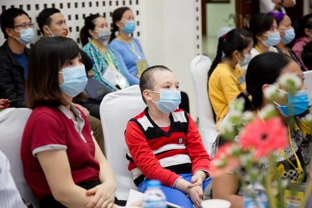 پسری که سرطان خون الاستیک دارد ، 3 مورد پیوند سلول بنیادی انجام می شود - تصویر 2.