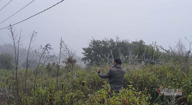 صدها نفر برای تماشای نوار هجوم می آورند ، O Quy Ho Pass برای 2 روز متوالی - عکس 6.
