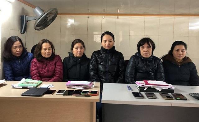 6 زن در خط قمار - تصویر 1.