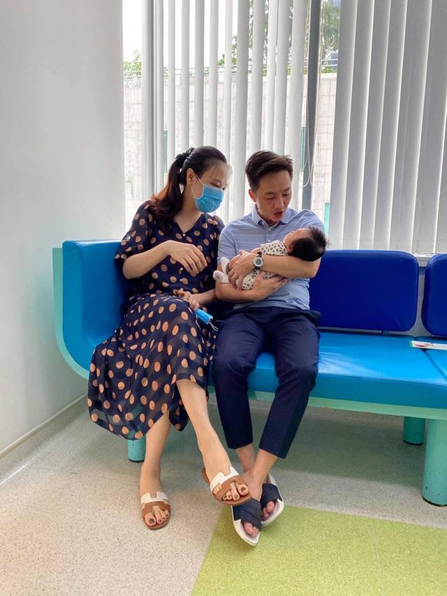 Dam Thu Trang تغییرات شگفت انگیز دخترش را در حالی که بیش از 4 ماه سن دارد نشان می دهد - عکس 3.