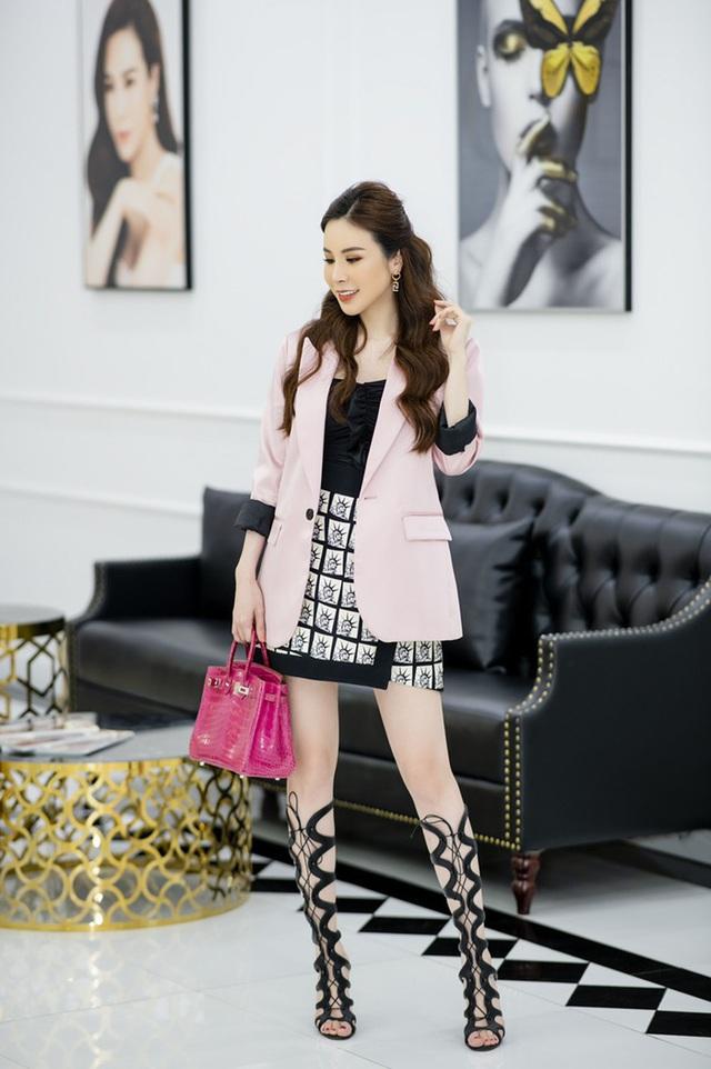 """Hoa hậu Hoàng Dung tiết lộ cách """"mix"""" đồ hiệu - Ảnh 2."""