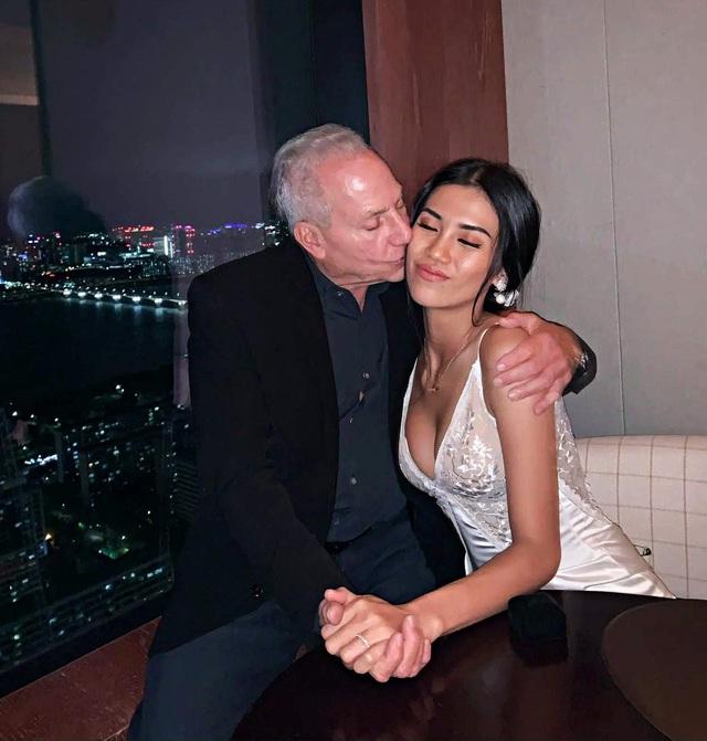 Cuộc tình xa hoa của cô gái Việt tuổi 26 và đại gia Mỹ 72 tuổi - Ảnh 2.