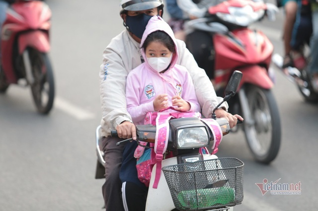 Người Sài Gòn co ro trong tiết trời lạnh 19 độ - Ảnh 4.
