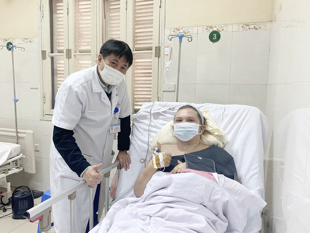 نجات بیمار با شکستگی دنده - عکس 1.
