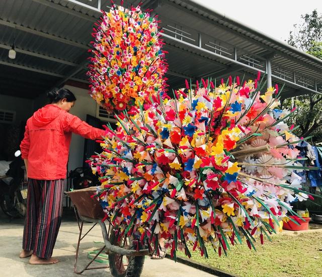 Sắc xuân tại làng hoa giấy hơn 300 năm tuổi ở Thừa Thiên Huế - Ảnh 2.