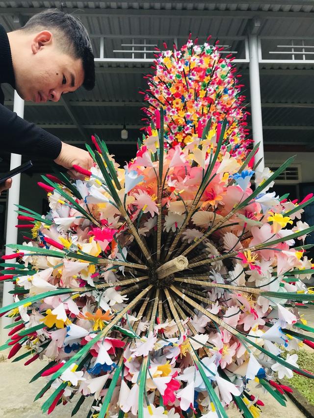 Sắc xuân tại làng hoa giấy hơn 300 năm tuổi ở Thừa Thiên Huế - Ảnh 3.