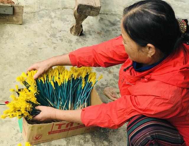 Sắc xuân tại làng hoa giấy hơn 300 năm tuổi ở Thừa Thiên Huế - Ảnh 4.