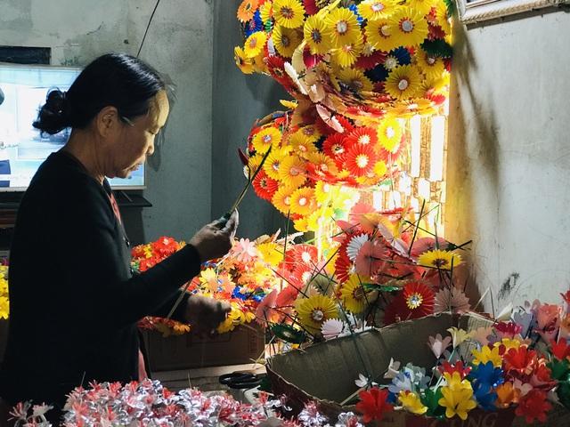 Sắc xuân tại làng hoa giấy hơn 300 năm tuổi ở Thừa Thiên Huế - Ảnh 9.