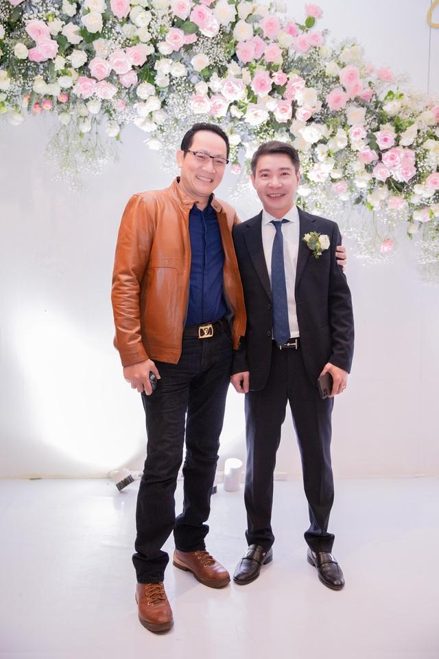 ارتش اپل عروسی هنرمند مردم Cong Ly - Ngoc Ha - تصویر 11 را برگزار کرد.