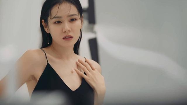 سون یه جین - دوست دختر هیون بن تمام تجارت نمایشی کره رو داره - تصویر 1.