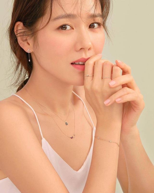 Son Ye Jin - دوست دختر هیون بن تمام تجارت نمایش کره ای را دارد - عکس 3.