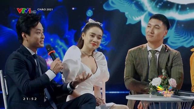 Nha Phuong حتی در تلویزیون زیباتر از فتوشاپی بود که کنار Hong Dang نشسته است - Manh Truong یادآور آسمان خاطرات است - عکس 4.