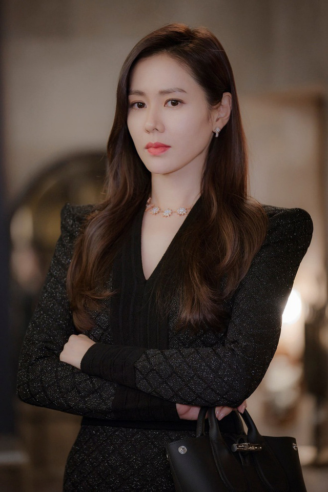 Son Ye Jin - دوست دختر هیون بن تمام تجارت نمایش کره ای را دارد - تصویر 9.