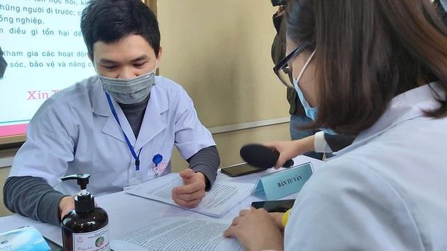 Tình nguyện viên tiêm Covivac được hỗ trợ 2,7 triệu cho 9 lần thăm khám sau tiêm - Ảnh 3.