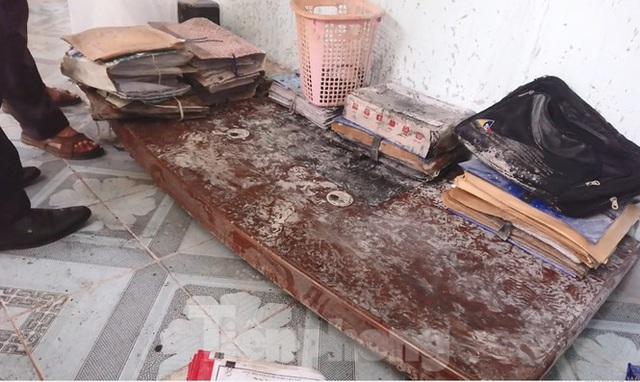 Cháy máy tính, hồ sơ tại Sở Tài Nguyên & Môi trường Đắk Lắk  - Ảnh 2.