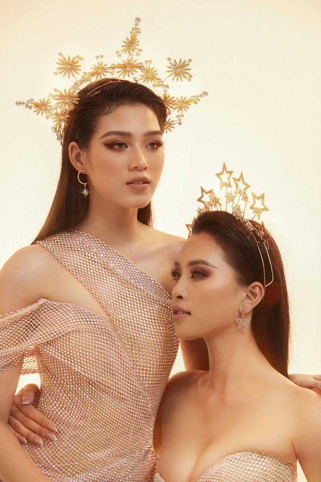Hai nhan sắc đỉnh cao của Hoa hậu Việt Nam đọ sắc trong thiết kế xuyên thấu - Ảnh 1.