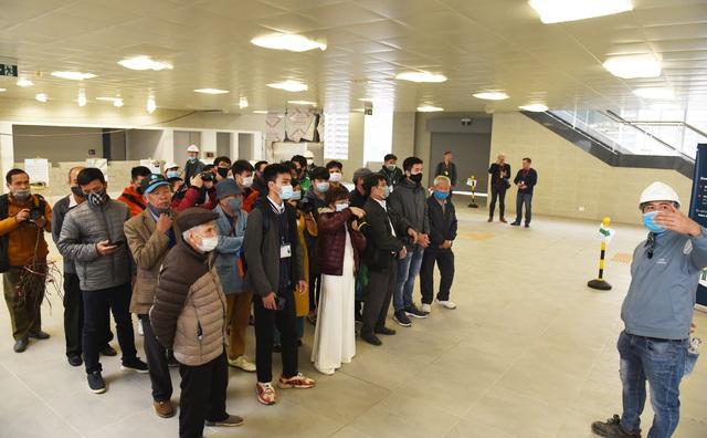 ساکنان پایتخت وقتی اولین ایستگاه راه آهن Nhon - ایستگاه هانوی - عکس 5 را لمس کردند ، هیجان زده شدند.