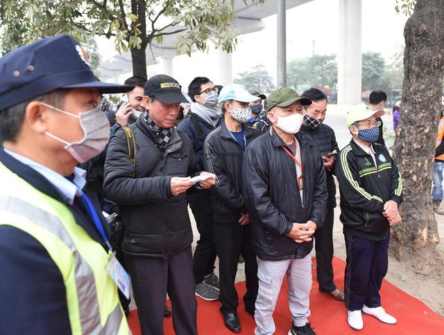 ساکنان پایتخت وقتی اولین بار ایستگاه راه آهن Nhon - ایستگاه هانوی - عکس 2 را لمس کردند ، هیجان زده شدند.