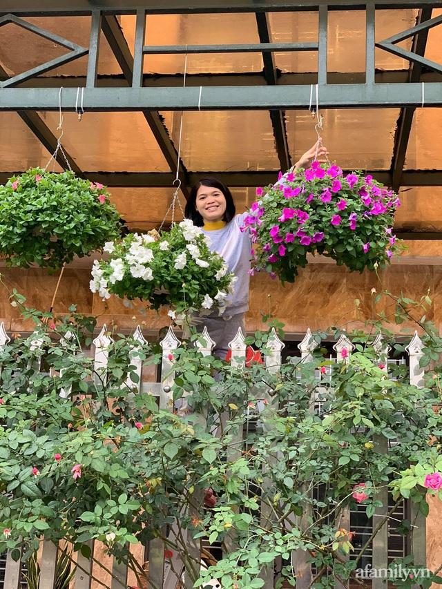 Ngôi nhà quanh năm rực rỡ sắc hương hoa hồng và đủ loại cây ăn quả ở Hà Nội - Ảnh 29.
