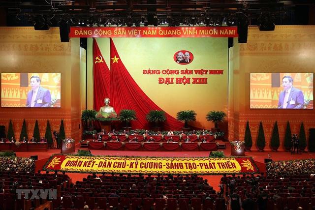 Hình ảnh ngày làm việc thứ ba của Đại hội Đảng - Ảnh 1.