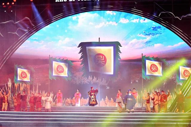 های فونگ یادگاری از بنای یادبود ملی باخ دنگ گیانگ دریافت کرد - عکس 6.