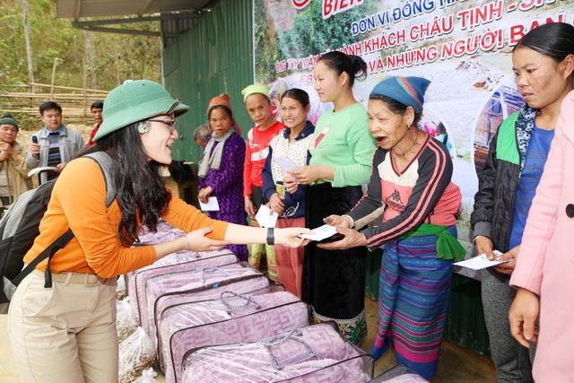 Báo Gia đình và Xã hội tổ chức Chương trình Xuân ấm biên cương đến người dân vùng núi - Ảnh 10.