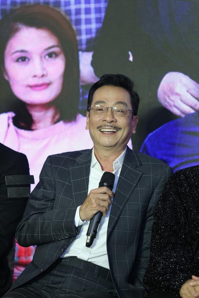 وضعیت سلامت قاضی ارشد - هنرمند مردم هوانگ دونگ پس از جراحی ستون فقرات - عکس 2.