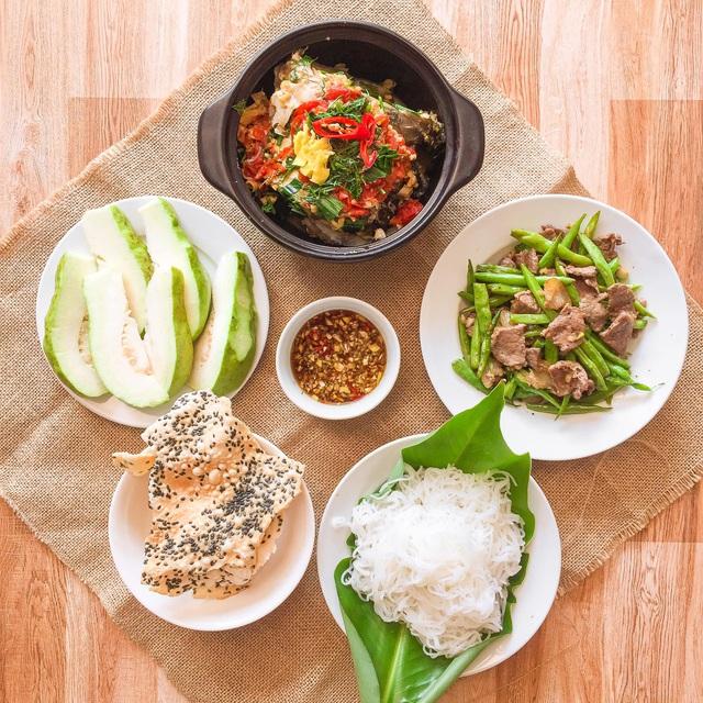 یک سینی برنج بیش از 200 هزار VND در هر وعده غذایی برای 6 نفر نیست ، چه خوشمزه و چه زیبا ، همه باید تعارف و گریه کنند - عکس 10.