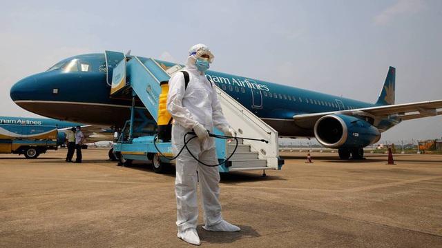 مسافران باید قبل از سوار شدن به هواپیمای داخلی گزارش پزشکی را به صورت آنلاین تهیه کنند - عکس 1.